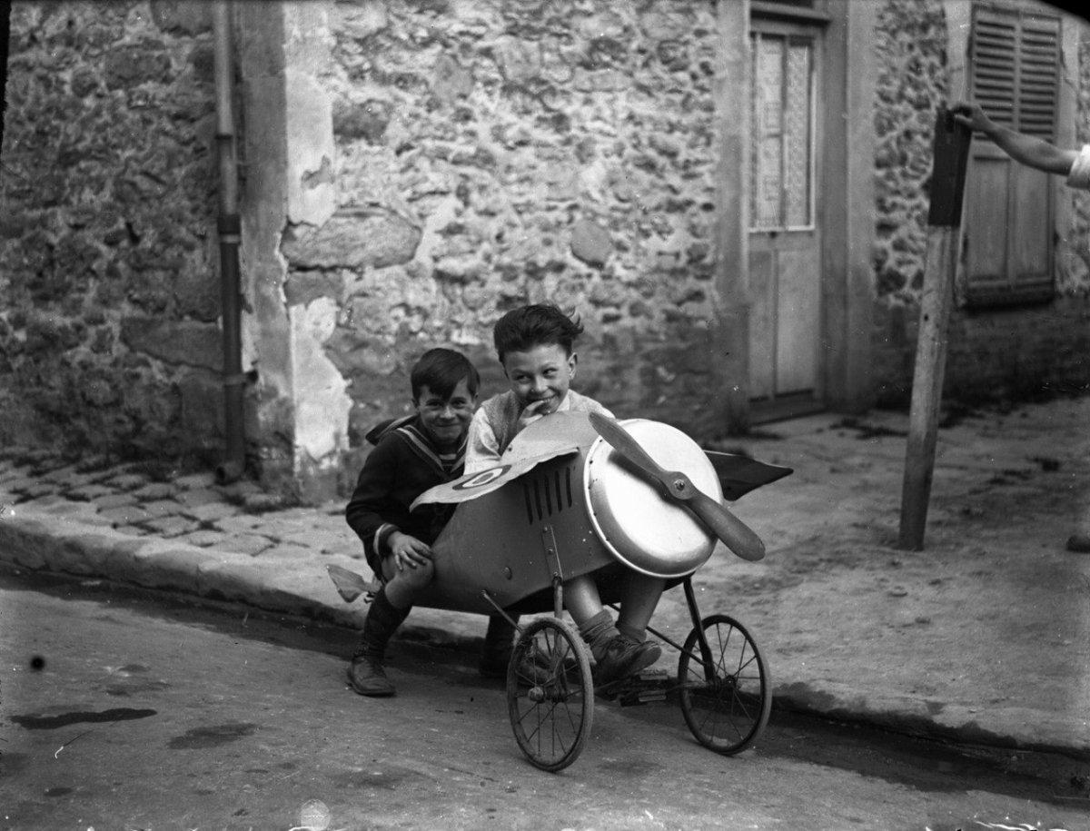 Детские игры. Третья Французская республика. 1930-е.jpg