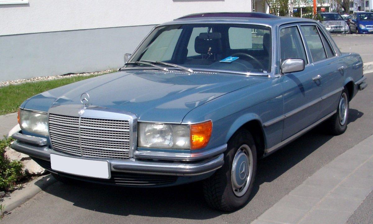 Mercedes-Benz_W116_front_20080424.jpg